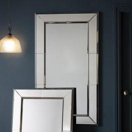 Vienna Leaner Mirror